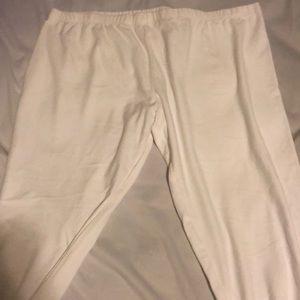 White Capri sweatpants